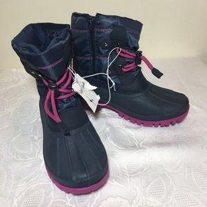 🔥SALE🔥Cat & jack faux fur snow boots size 3